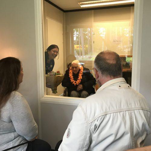 Feestelijke opening van de portakabin